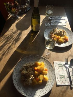Essen_fertig_Tisch