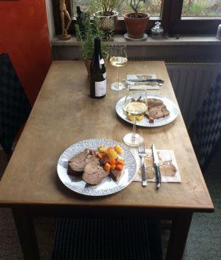 Lammbraten_Tisch
