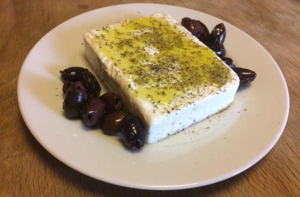 feta-mit-oliven