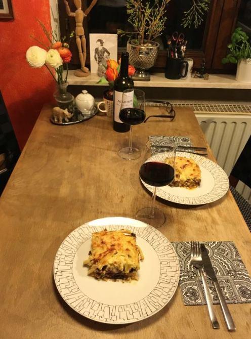 Pastitio_gedeckter_Tisch